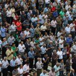 اظهارات سیاسی تند مداح پیش از نماز عید فطر/عقده گشایی ۴ درصدی ها علیه مردم!